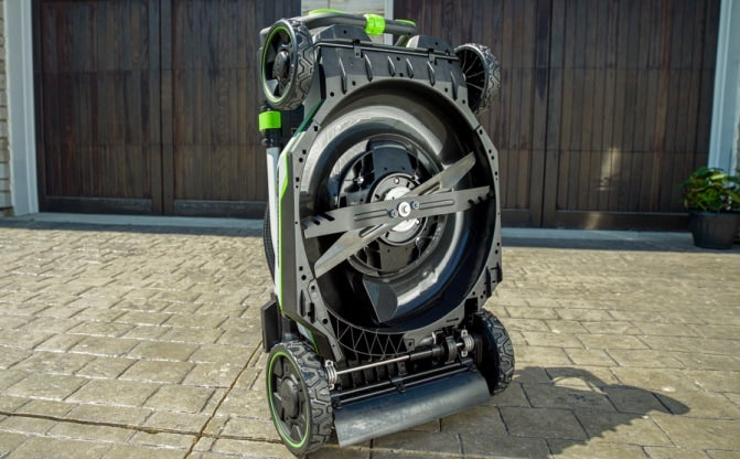 """The underside of the 21"""" Select Cut™ Mower showing two blades"""
